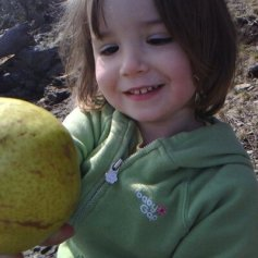 Mila_sharing_a_pear_with_Mama_April_2010_400x400